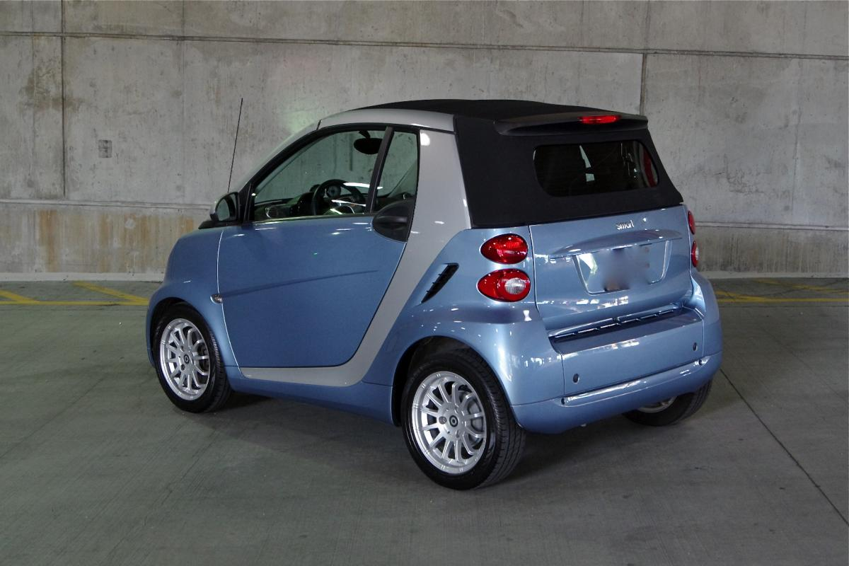 2011 smart fortwo passion convertible corcars. Black Bedroom Furniture Sets. Home Design Ideas
